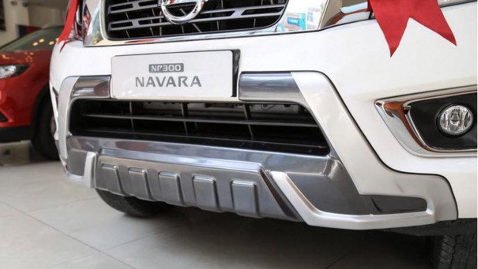 nissan-navara-el-premium-r-2017-1